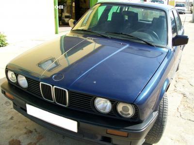 BMW 316 I E30